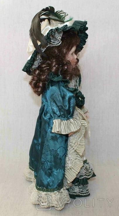 Винтажная фарфоровая кукла на подставке 41 см, фото №6