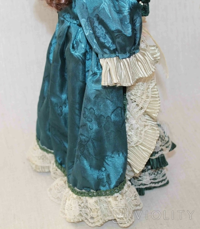 Винтажная фарфоровая кукла на подставке 41 см, фото №7