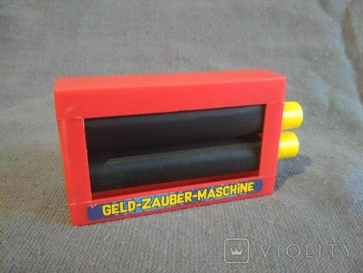 Машинка для фокусов с деньгами Германия, фото №2
