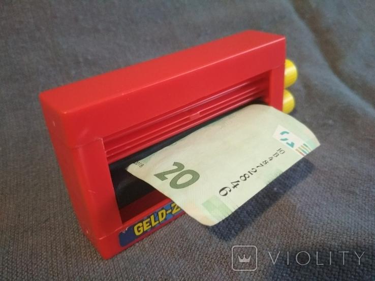 Машинка для фокусов с деньгами Германия, фото №3