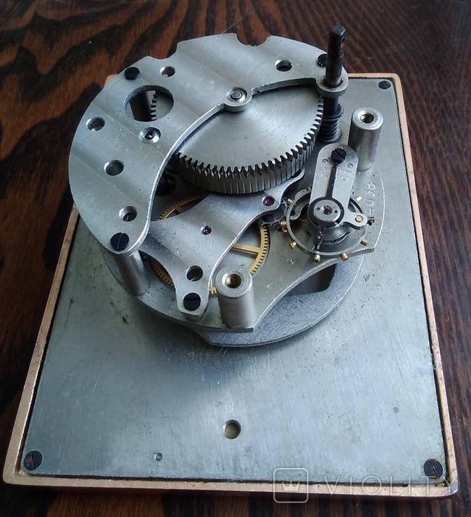 Механизм от настольных часов ЧЧЗ (на запчасти), фото №8