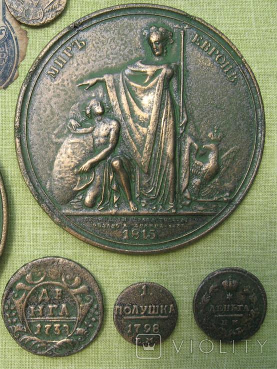 Медные монеты и настольные медали Копии, со стеклом, 37х27см., фото №8