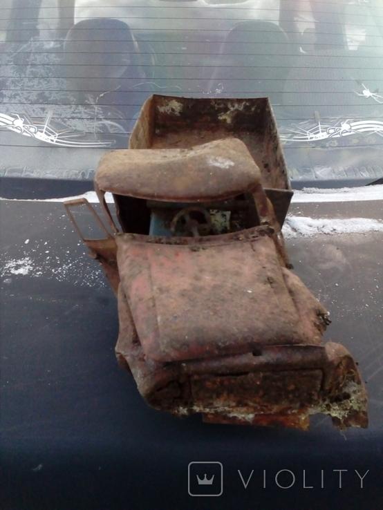Старая грузовая машина времён СССР, фото №3