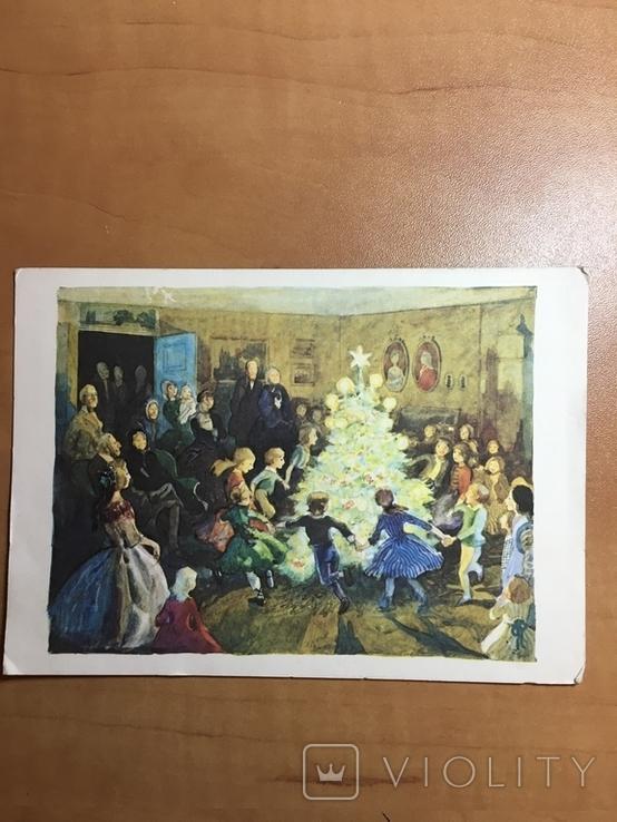 Діти танцюють навкруг ялинки, фото №2