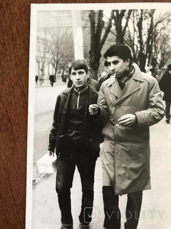 1986 Одесса Парни на улице, фото №4