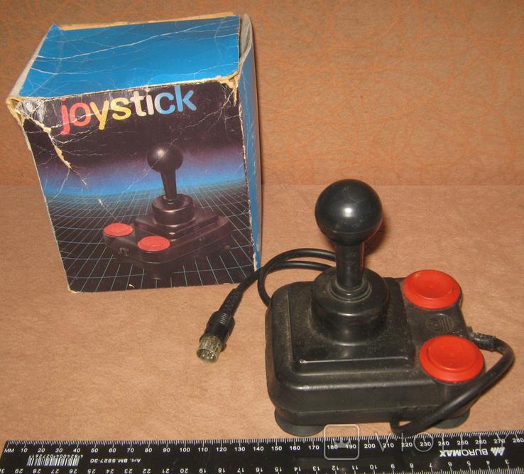 Джойстик начала 90-х в стиле Atari Competition, фото №4