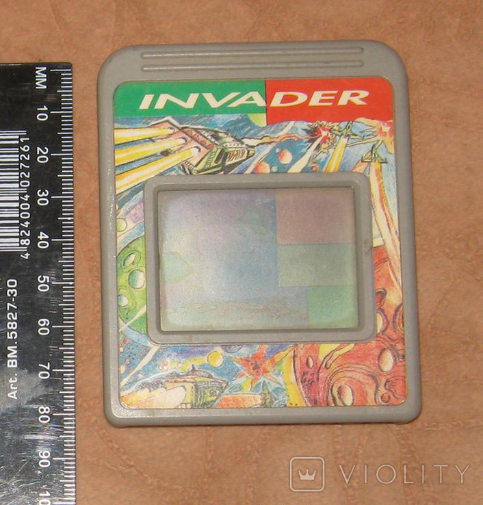Invader - экран-картридж для электронной игры, фото №2