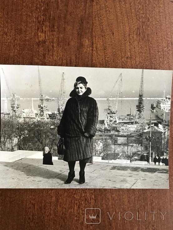 Одесса Дама в шубе Порт Краны, фото №5