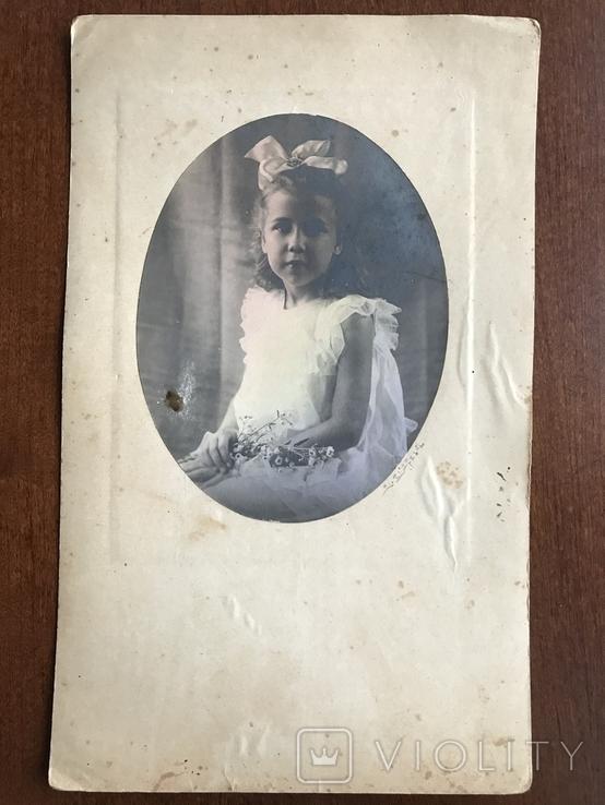 Девочка с бантом Цветы, фото №3