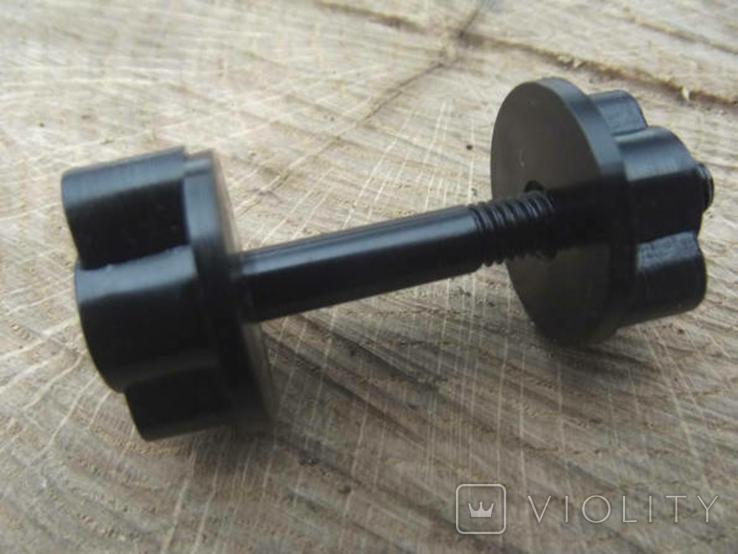 Болт катушки металлоискателя диаметром 6 мм.