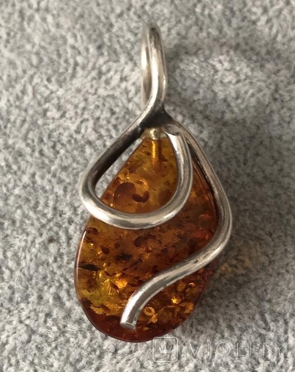 Серебряный кулон с янтарем (серебро 925 пр, вес 7,7 гр), фото №2