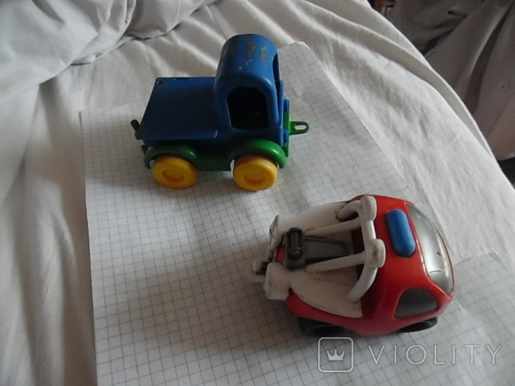 Две машинки, фото №2