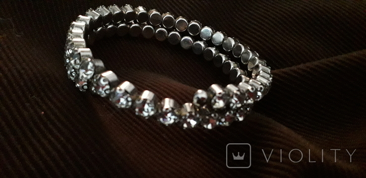 Бижутерный браслет с белыми камнями, фото №2