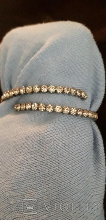 Бижутерный браслет с белыми камнями, фото №10