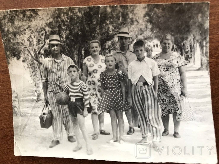 1954 Семья в пёстрых одеждах Пижама Мяч Ремень Бляха, фото №2