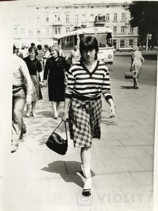 1984 Одесса Троллейбус Девушка с сумкой, фото №4