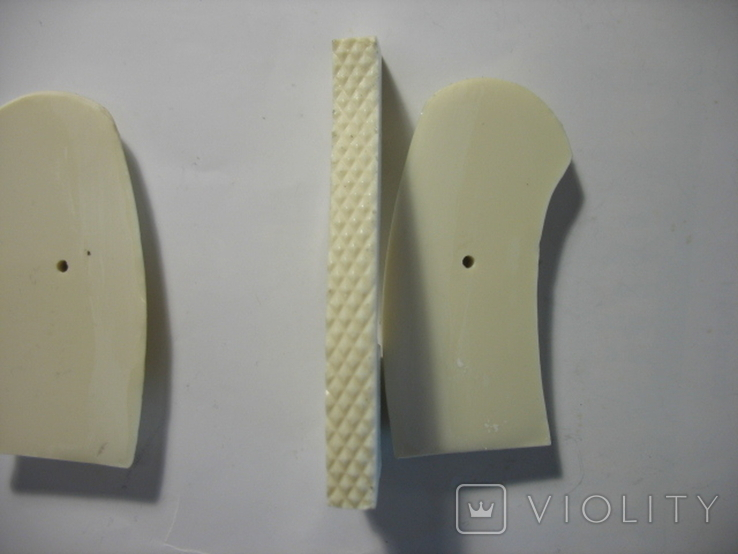 Наган, накладки рукояти, крупная насечка, цвет белый. копия, фото №4