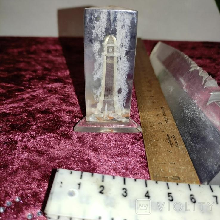 Два сувенира из плексигласа. Один без основания., фото №8