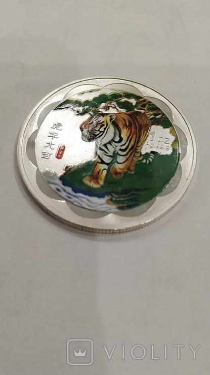 10 Юань 2010г. Год тигра в цвете. Китай. посеребрение., фото №10