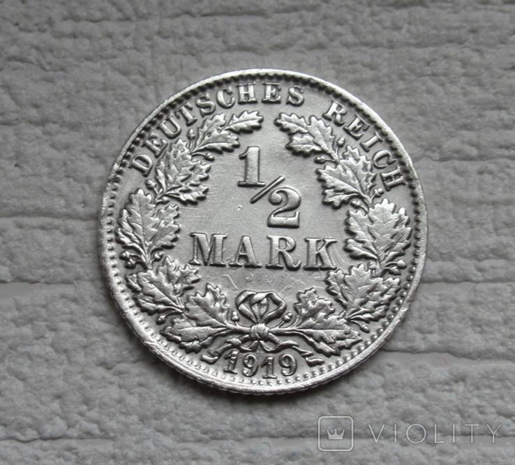 1/2 марки 1919 г. (F) Германия, серебро (№2), фото №3