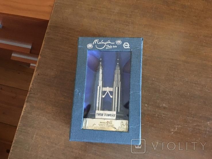 Статуэтка Petronas Twin Towers Malaysia в родной коробке, фото №3