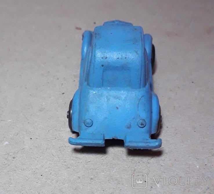 Миниатюрная машинка с ПВХ из СССР 60-70-е годы,длина 7,5см., фото №6