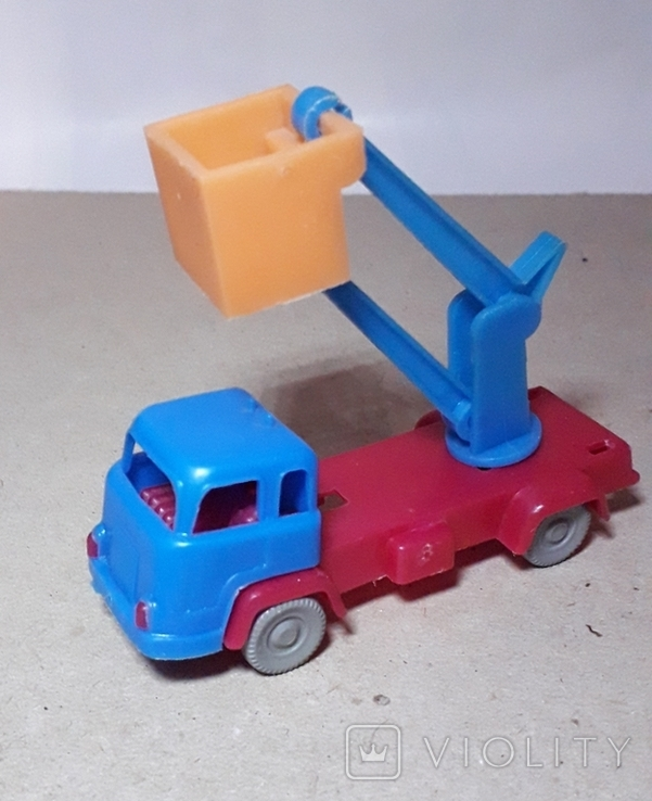 Миниатюрная машинка грузовик АВТОВЫШКА СССР 60-70-е годы., фото №2