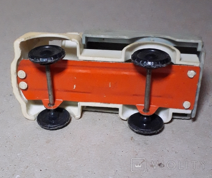 Машинка грузовик БОЧКА из СССР, фото №4