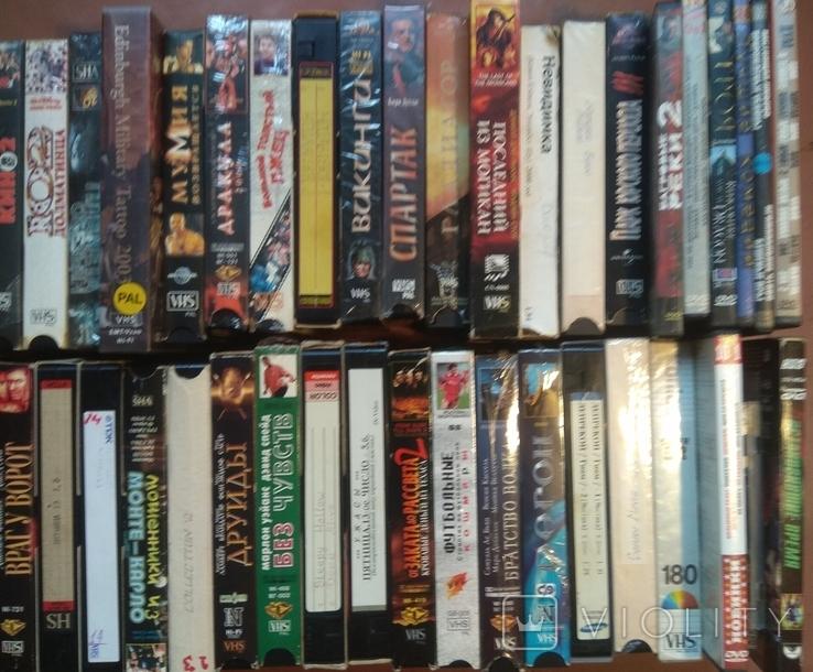 38 видеокассет+9двд дисков исторические и др.фильмы., фото №4
