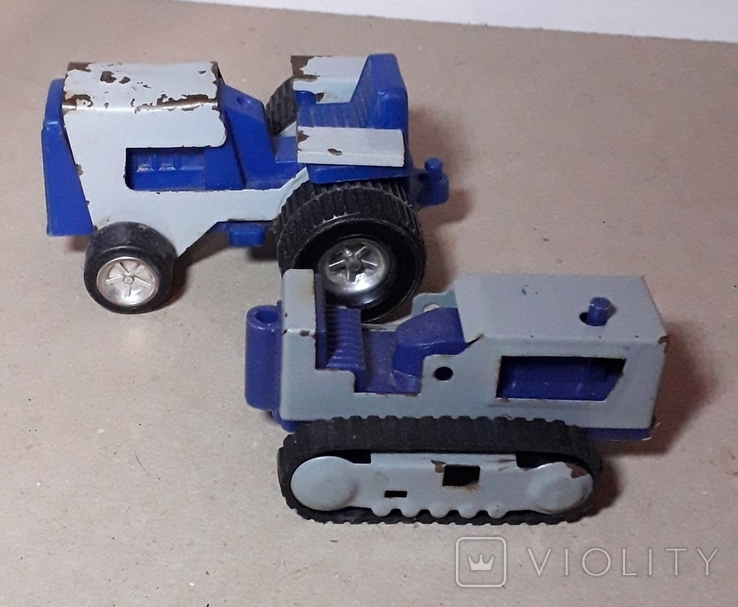 Два трактора СССР, фото №2