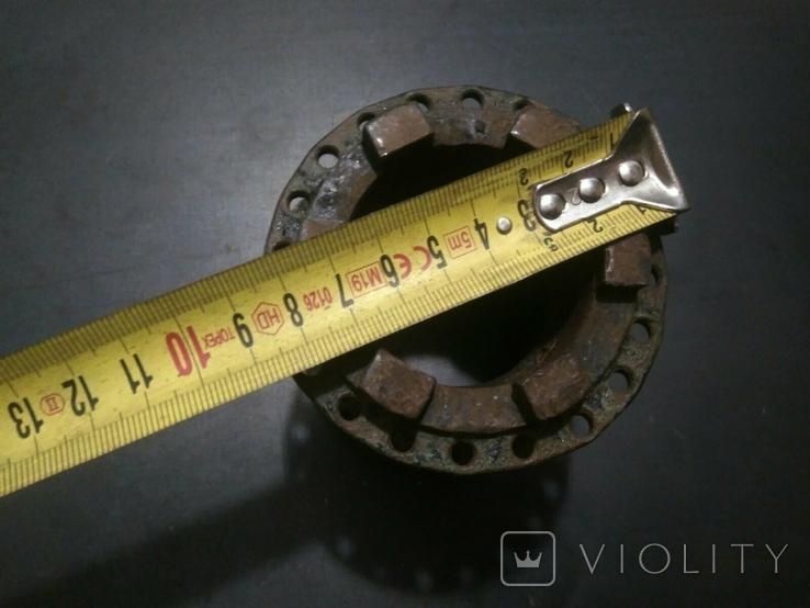 Ступица колеса от старинного мотоцикла с латунной масленкой, фото №6