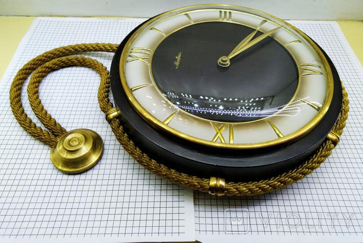 Часы настенные Mauthe Германия, фото №4
