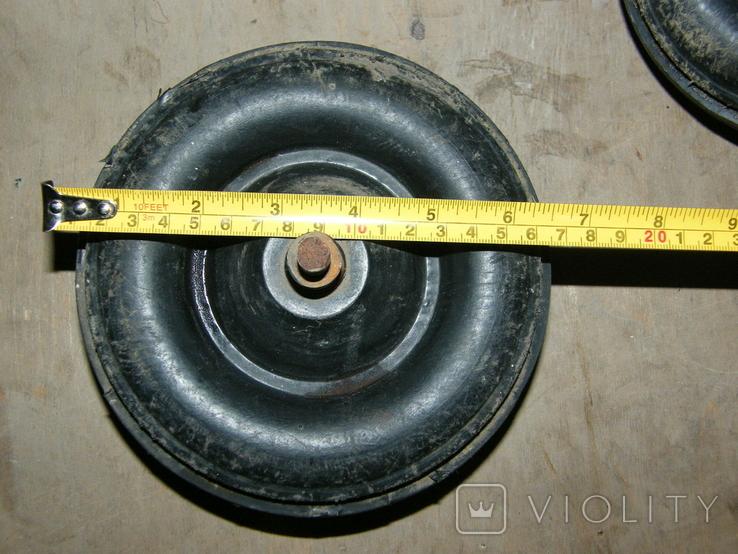 Два колеса от какой то детской техники., фото №5