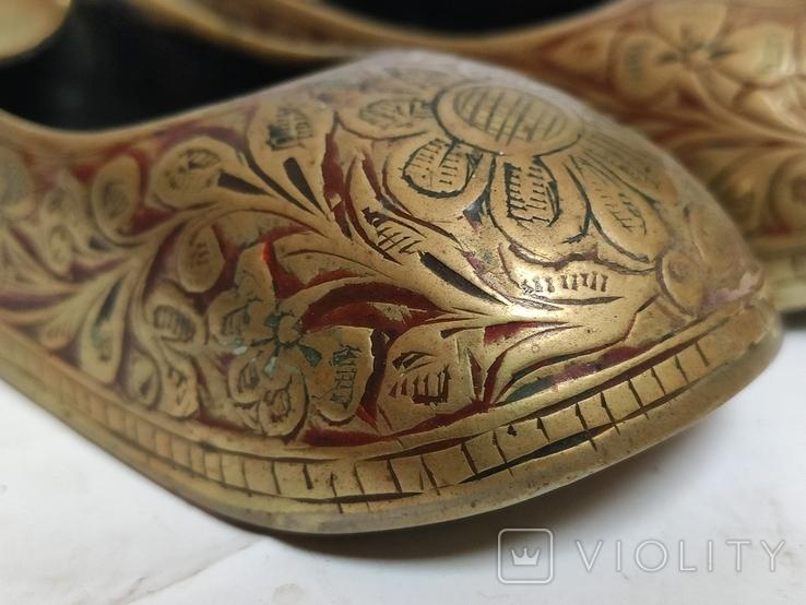 Пара восточной обуви - пепельницы, фото №5