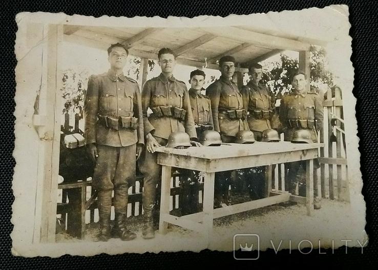 Венгерские солдаты. Шлемы М37, фото №2