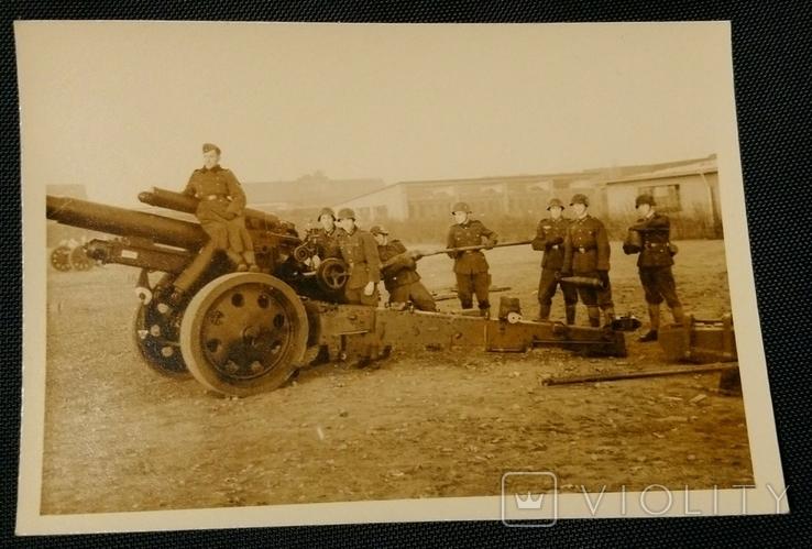 Артиллерийский расчет орудия SfH18 Вермахт, фото №2