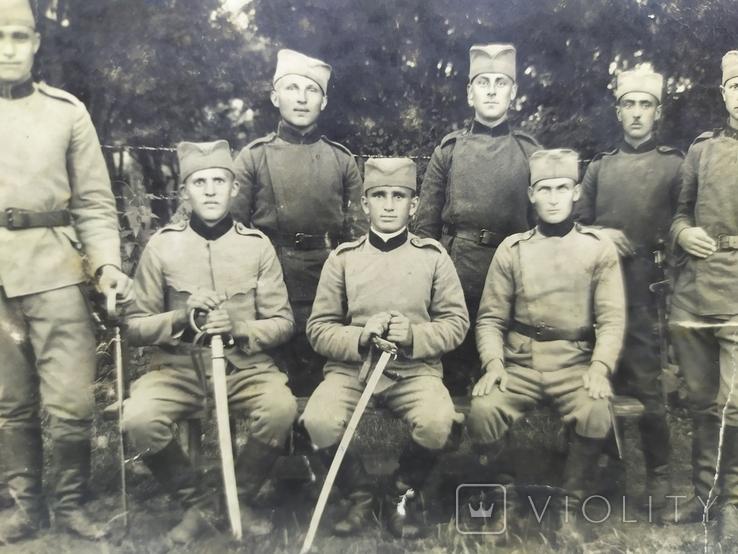 Фото военный Сербской армии с саблями и тесаками, фото №5