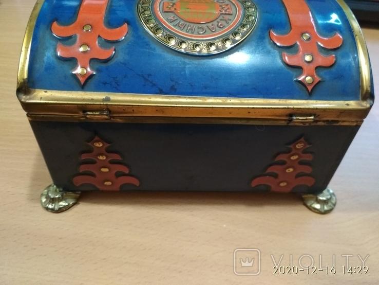 Коробка сундук из под конфет фабрики Красный Октябрь ,СССР, фото №4
