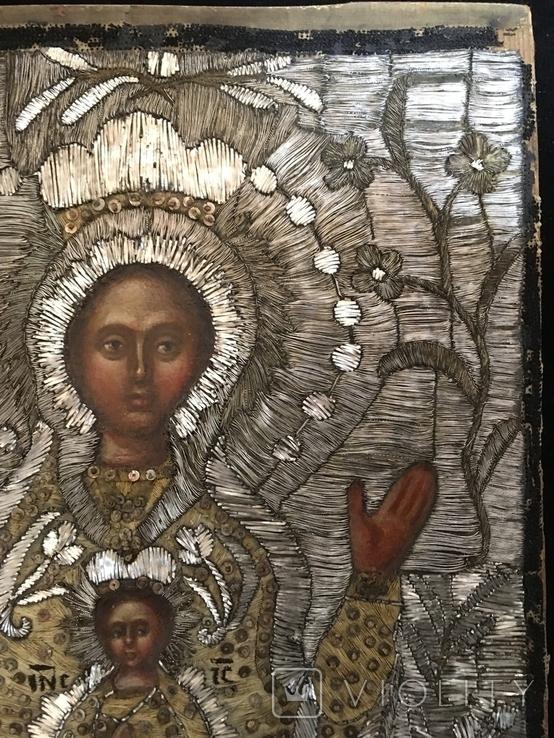"""Икона шитая """"Богородица Знамение"""" в киоте 27 на 20, фото №7"""