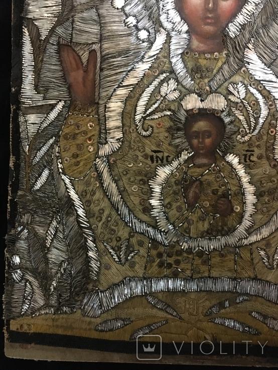"""Икона шитая """"Богородица Знамение"""" в киоте 27 на 20, фото №9"""