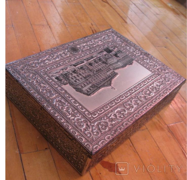 Коробка от конфет фабрики Красный Октябрь, фото №5