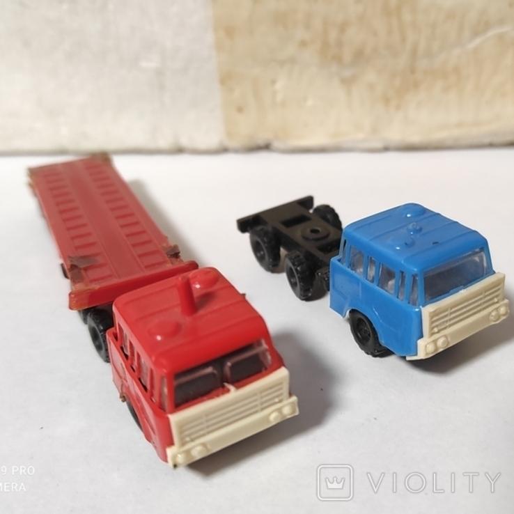 Грузовики ГДР 2 штуки, фото №2