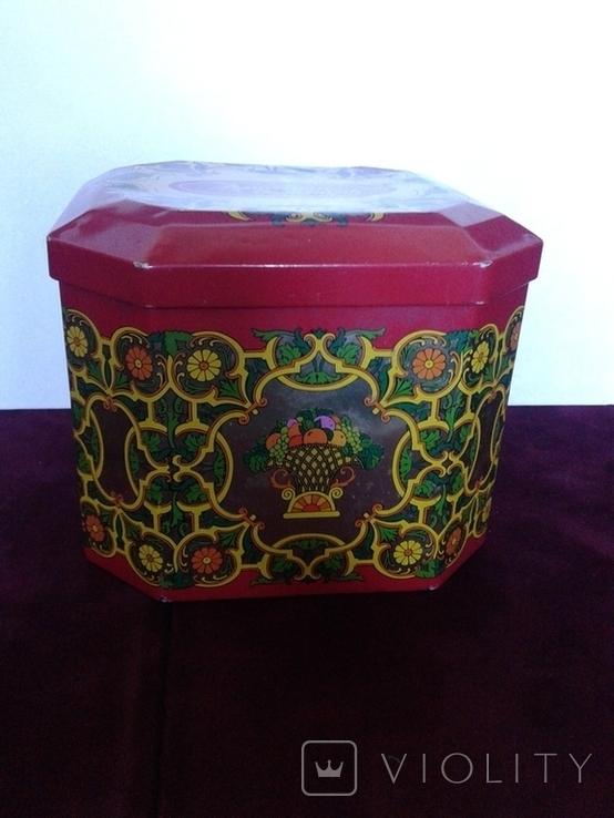 Красный Октябрь железная коробка, фото №3