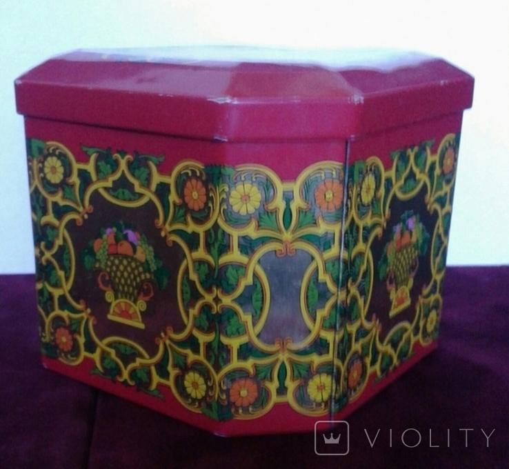 Красный Октябрь железная коробка, фото №4