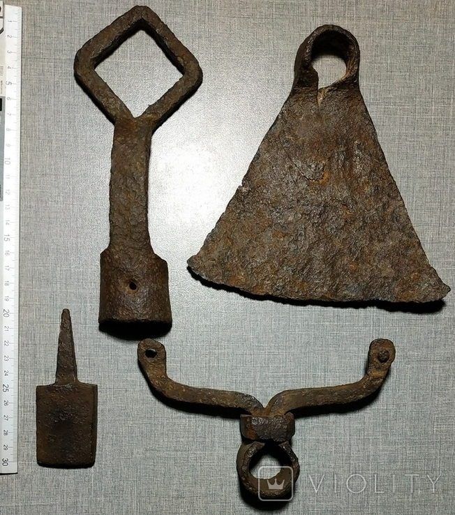 Мотыга , ключ , наковальня , тяпка ., фото №4