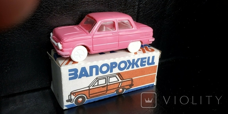 Машинка 1:43 Запорожец ЗАЗ 968 или 966 модель, фото №7