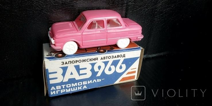 Машинка 1:43 Запорожец ЗАЗ 968 или 966 модель, фото №2