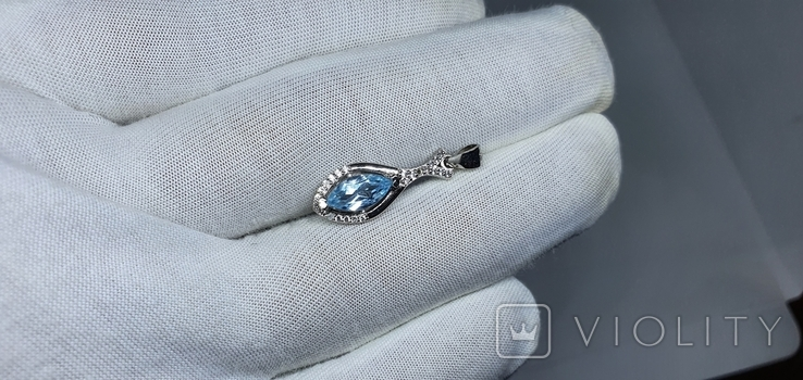 Серебряная подвеска с природным топазом в позолоте, фото №2