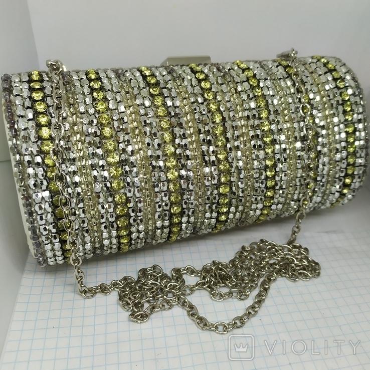 Вечерняя каркасная сумочка-клатч расшитая камнями, бисером и бусинами. Новая, фото №2