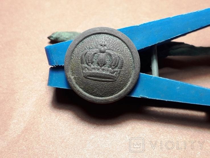 Пуговица с изображением царской короны, фото №2